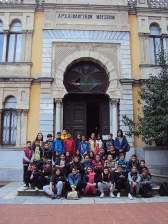 H Έκτη τάξη επισκέφτηκε τα οθωμανικά-εβραϊκά μνημεία της Θεσσαλονίκης